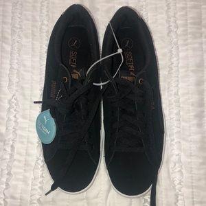 BRAND NEW Women's Black Velvet Puma Sneakers